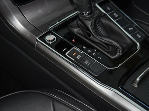 2017款280TSI DSG尊荣版 驻车制动器
