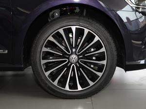 2017款330TSI DSG御尊版 轮胎