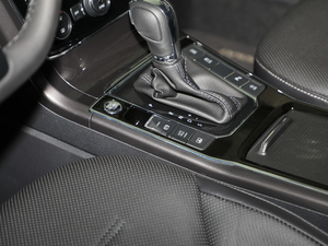 2017款330TSI DSG御尊版 驻车制动器