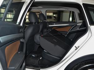 2017款1.6L 自动舒适版 后排座椅放倒