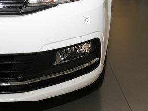 2017款1.6L 自动舒适版 雾灯