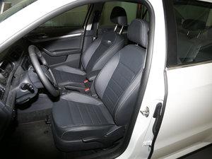 2017款230TSI DSG舒适版 前排座椅