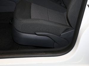 2017款1.6L 自动风尚版 座椅调节