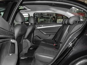 2017款230TSI DSG舒适版 后排空间