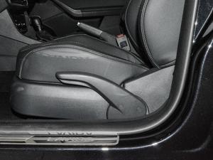 2017款230TSI DSG舒适版 座椅调节