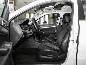 2017款1.6L 手动舒适版 前排空间