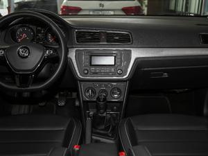 2017款1.6L 手动舒适版 中控台