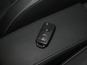 2017款1.6L 手动舒适版 钥匙