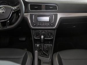 2017款1.6L 自动舒适版 中控台