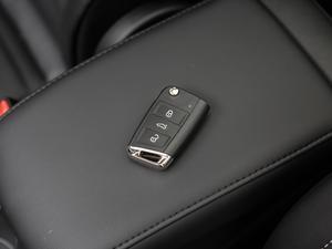 2018款280TSI 自动拓界版 7座 钥匙