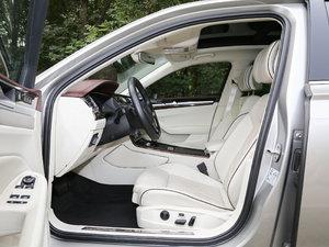 2018款480 V6 四驱至尊旗舰版 前排空间