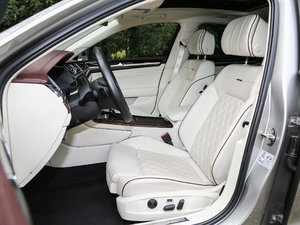2018款480 V6 四驱至尊旗舰版 前排座椅