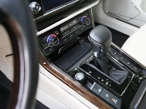 2018款480 V6 四驱至尊旗舰版 变速挡杆