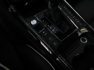2018款改款 380TSI 两驱旗舰版 驻车制动器