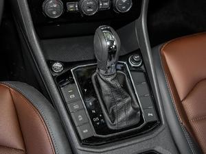 2018款280TSI DSG豪华版 变速挡杆