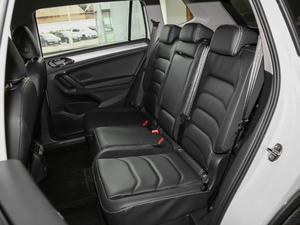 2018款330TSI 两驱舒适版 后排座椅