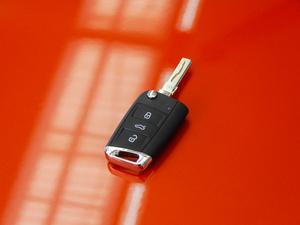 2018款330TSI 两驱旗舰版 钥匙