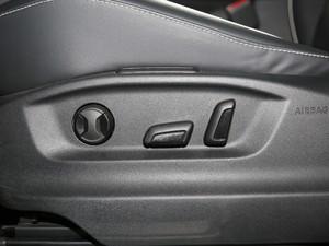 2018款380TSI 四驱旗舰版 座椅调节