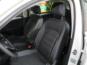 2018款380TSI 四驱尊崇旗舰版 前排座椅