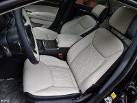空間座椅克萊斯勒300C(進口)前排空間