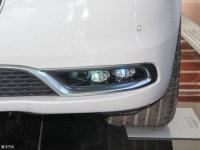 细节外观克莱斯勒300C(进口)雾灯