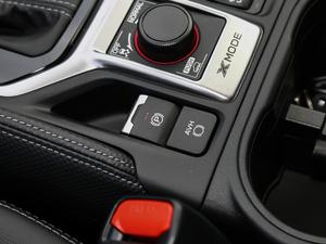 2019款2.0i 豪华版EyeSight 驻车制动器