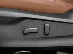 2019款2.0i 智擎旗舰版EyeSight 座椅调节