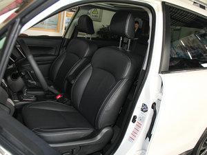 2016款2.5i 尊贵导航版 前排座椅