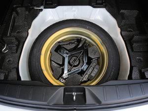 2016款2.0i 豪华导航版 备胎
