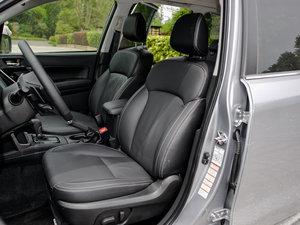 2016款2.5i 豪华导航版 前排座椅