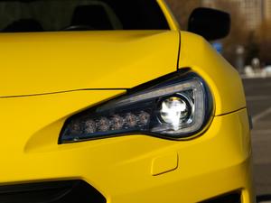 2017款2.0i 自动type-RS黄色特装版 头灯