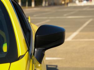 2017款2.0i 自动type-RS黄色特装版 后视镜
