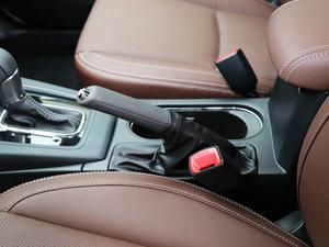 2017款2.5i 豪华特装版 驻车制动器