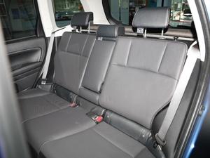2018款2.0i 时尚导航版 后排座椅