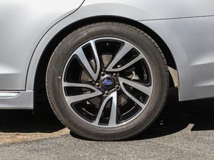 2018款2.5i 全驱荣耀版 EyeSight 轮胎