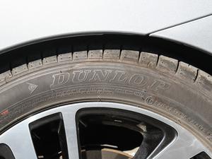 2018款2.5i 全驱荣耀版 EyeSight 轮胎品牌