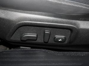 2018款2.5i 全驱荣耀版 EyeSight 座椅调节