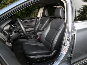 2018款2.5i 全驱荣耀版 EyeSight 前排座椅