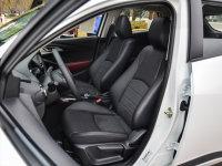 空间座椅马自达CX-3前排座椅