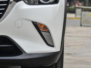 2018款2.0L 自动尊贵型 雾灯
