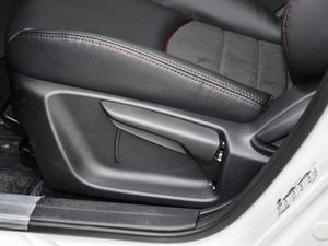 2018款2.0L 自动尊贵型 座椅调节