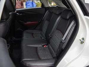 2018款2.0L 自动尊贵型 后排座椅