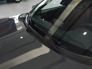 2018款2.0L 自动 RF 铂钢灰 雨刷