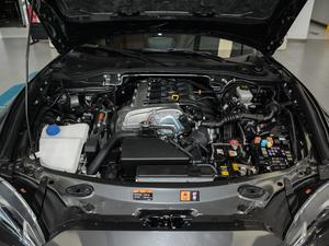 2018款2.0L 自动 RF 铂钢灰 发动机
