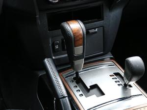 2019款3.0L 自动尊贵版 变速挡杆