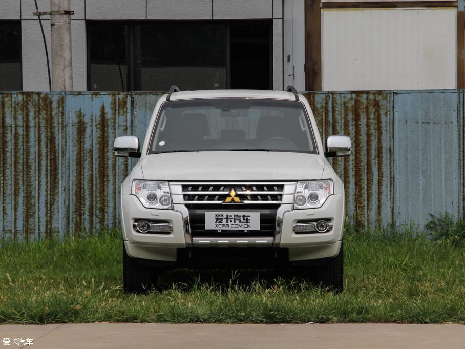 2016款帕杰罗(进口)3.0L 自动尊贵版 国V