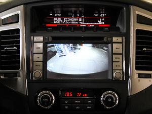 2016款3.0L 自动尊贵版 国V 中控台显示屏
