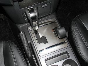 2016款3.0L 自动尊贵版 国V 变速挡杆