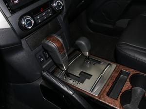 2018款3.0L 自动尊贵版 变速挡杆