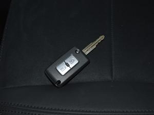2018款3.0L 自动舒适版 钥匙